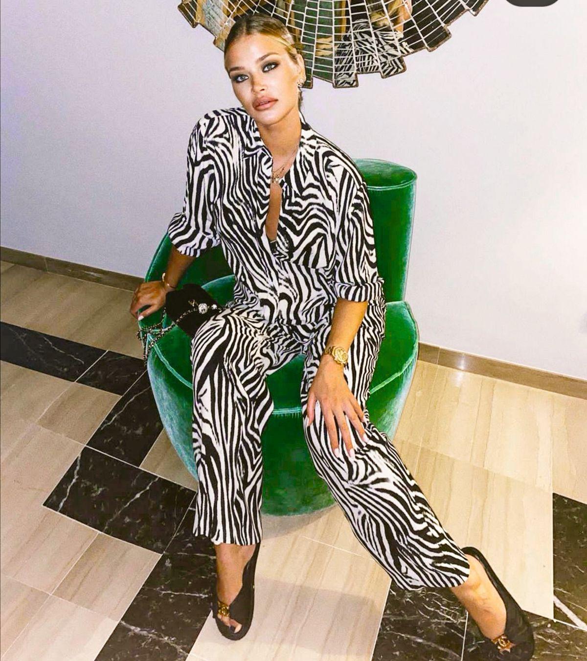 Sofija Milošević zebra print