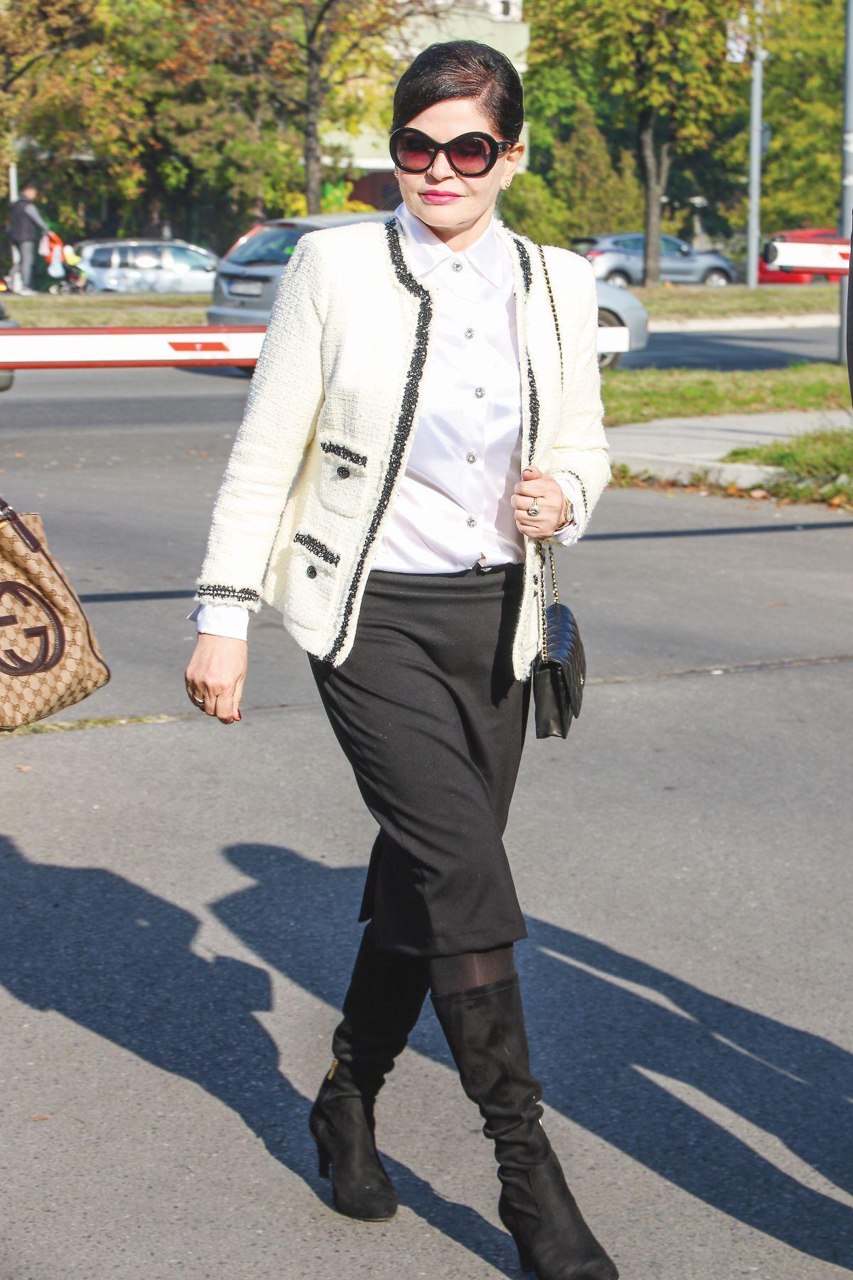 2 Mirjana Antonović star